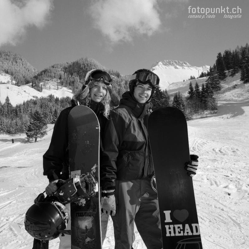 http://www.romanoriedo.ch/files/gimgs/11_snowboarder-s-l.jpg