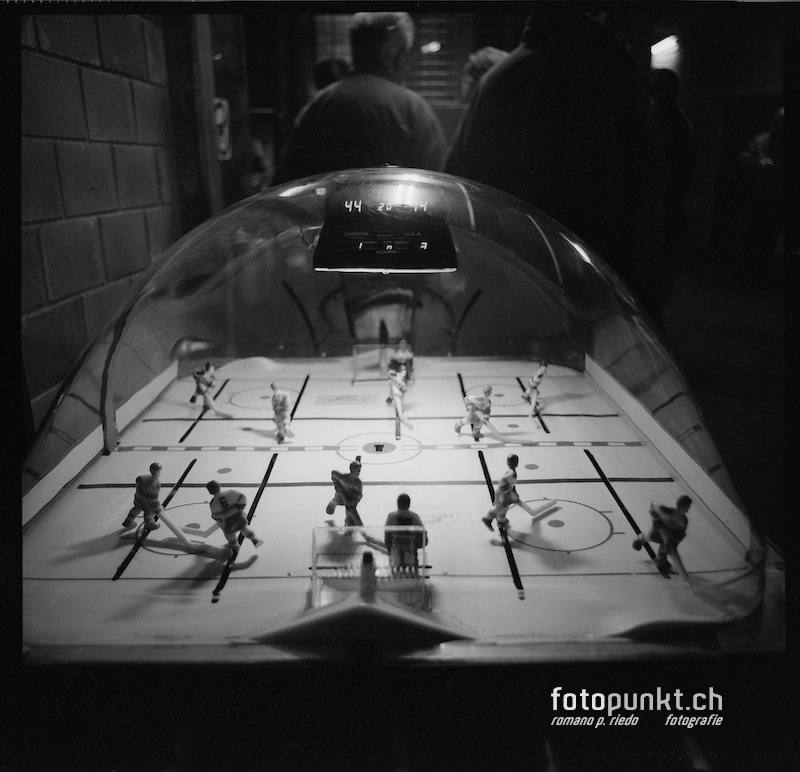 http://www.romanoriedo.ch/files/gimgs/20_toeggelichaschte-hockey-s-l.jpg