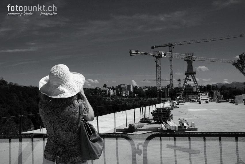 http://www.romanoriedo.ch/files/gimgs/22_pont-poya-femme-foto-visite9846-sw-l.jpg